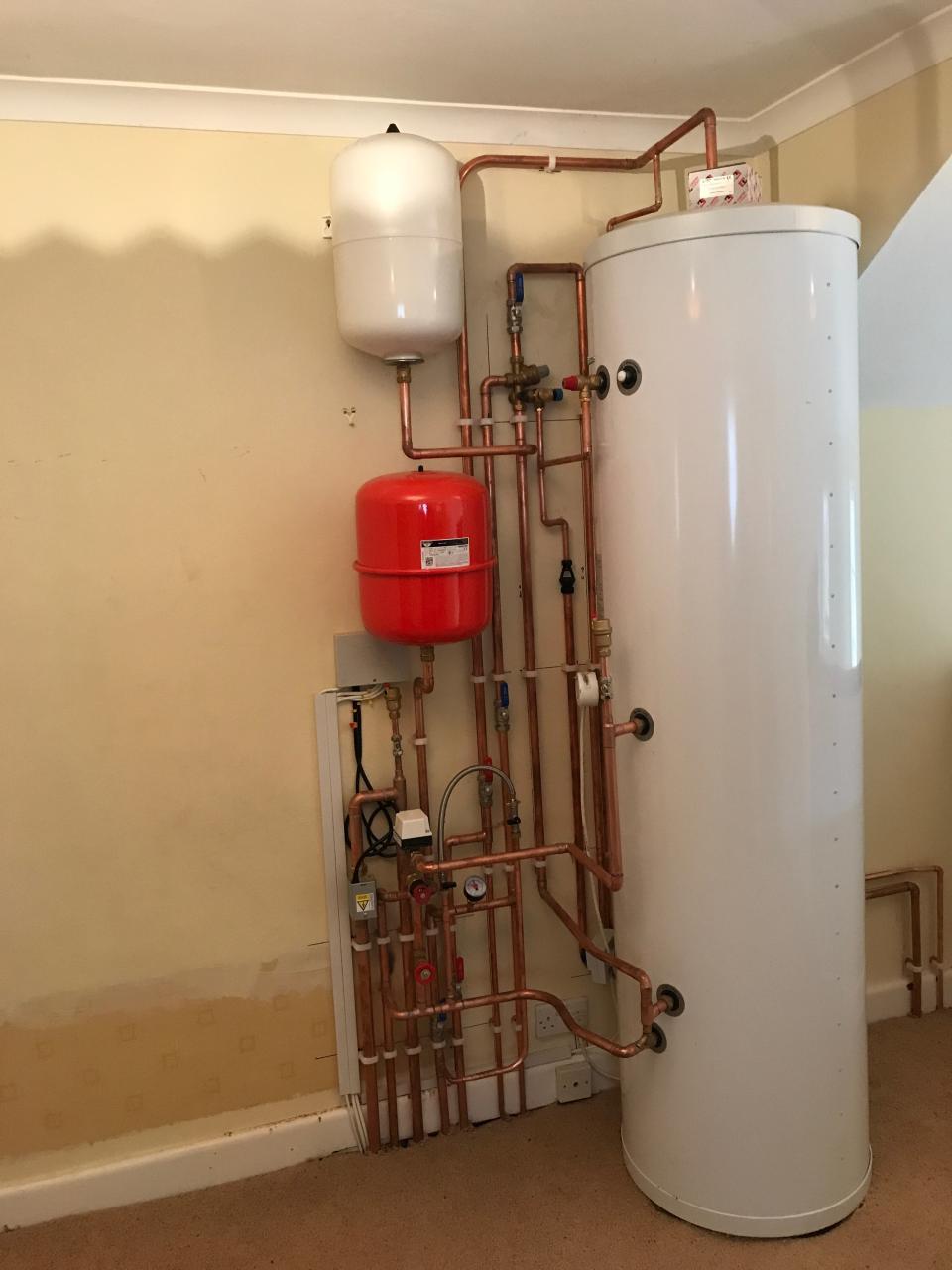 Un-vented cylinder installation