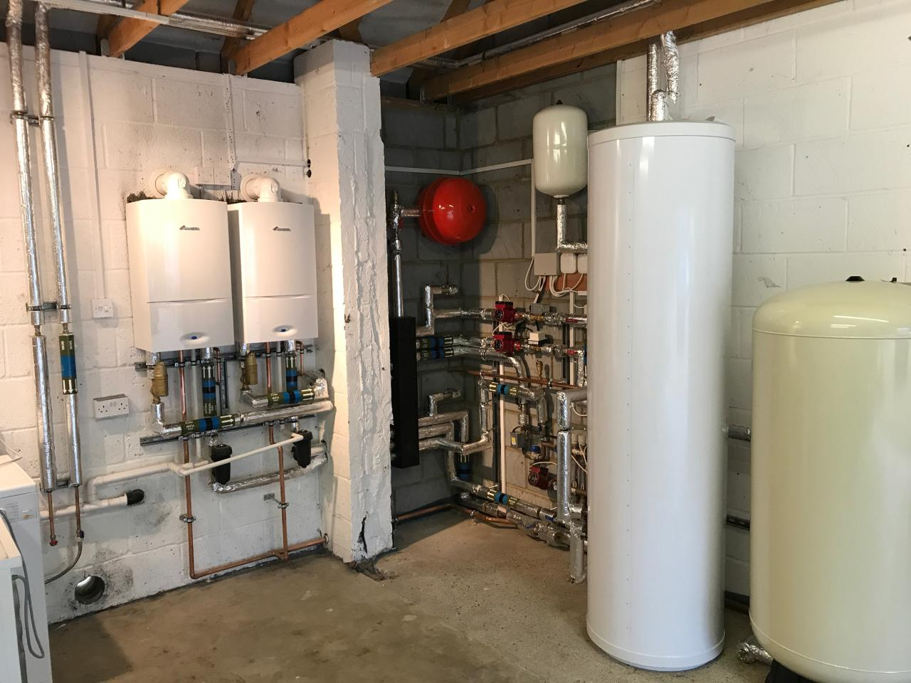 replacement boilers with un-vented cylinder and accumulator